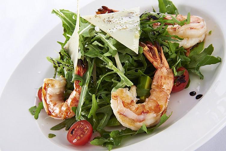 Салат из креветок рецепт очень вкусный простой